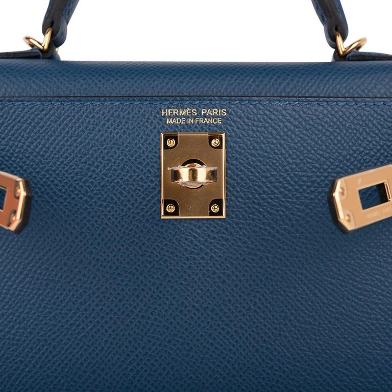 Hermes Kelly 20 Sellier Bag Deep Blue Epsom Leather Gold Hardware In New Condition For Sale In Miami, FL