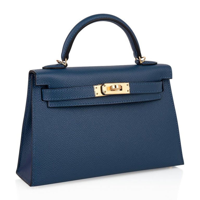 Women's Hermes Kelly 20 Sellier Bag Deep Blue Epsom Leather Gold Hardware For Sale