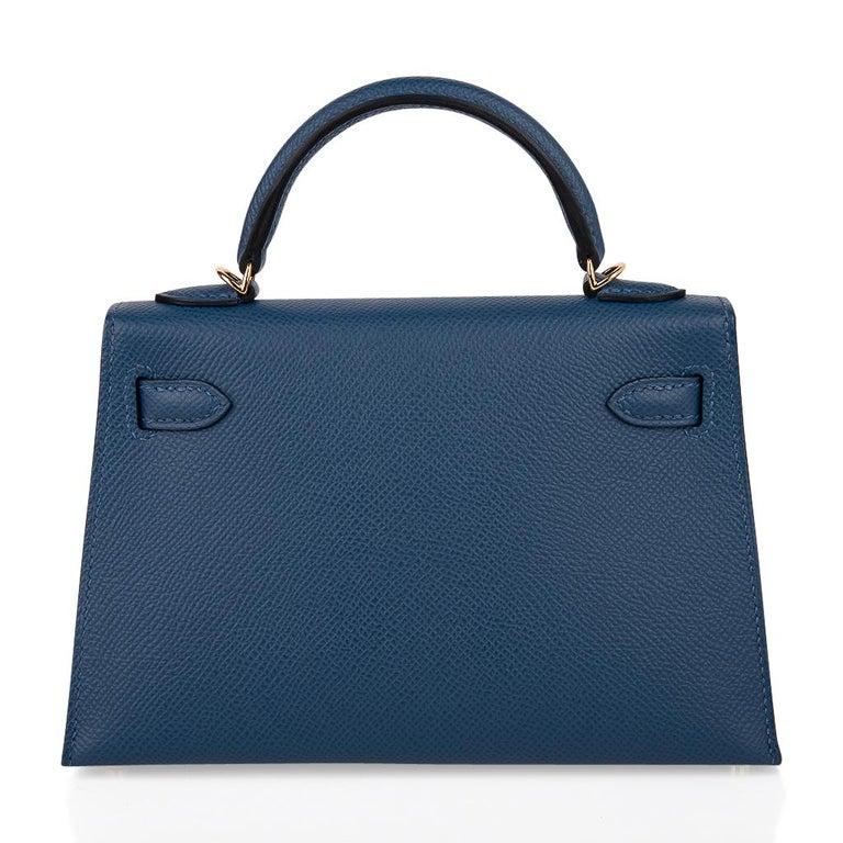 Hermes Kelly 20 Sellier Bag Deep Blue Epsom Leather Gold Hardware For Sale 5