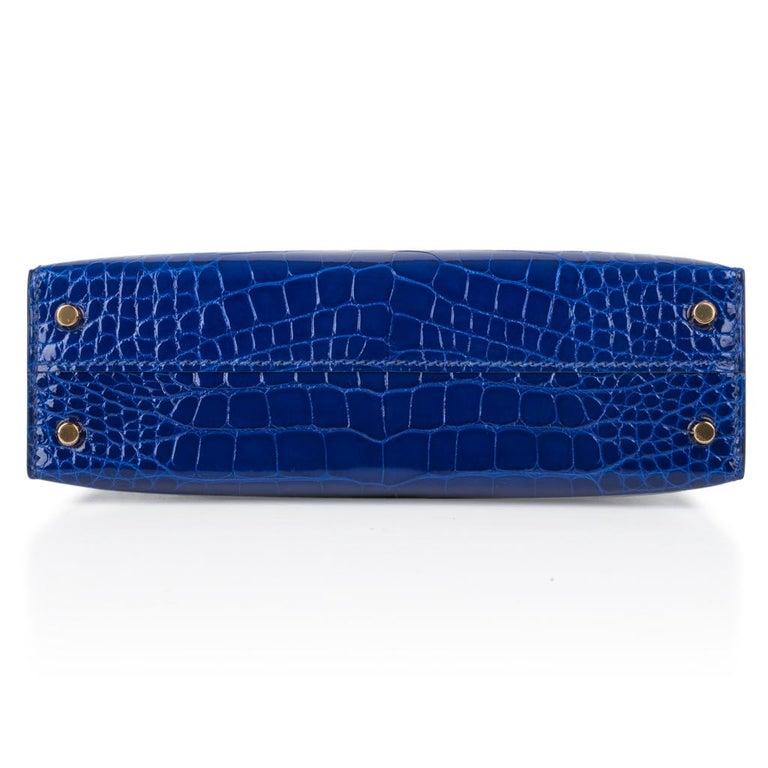 Hermes Kelly 20 Sellier Mini Blue Electric Alligator Gold Hardware For Sale 4