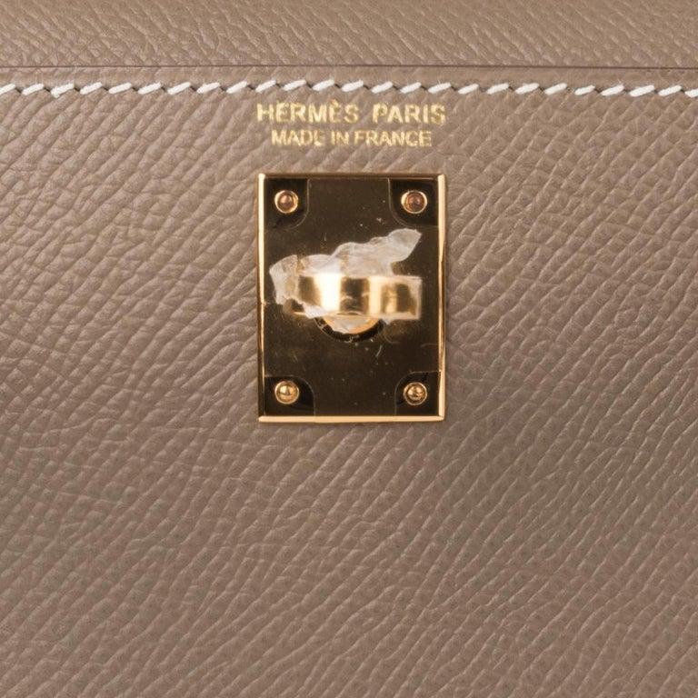 Brown Hermes Kelly 20 Sellier Kelly Bag Etoupe Epsom Gold Hardware For Sale