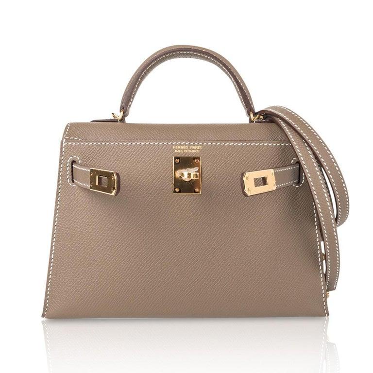 Hermes Kelly 20 Sellier Kelly Bag Etoupe Epsom Gold Hardware For Sale 3