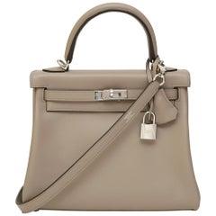 Hermès Kelly 25 Asphalt gray shoulder handle bag