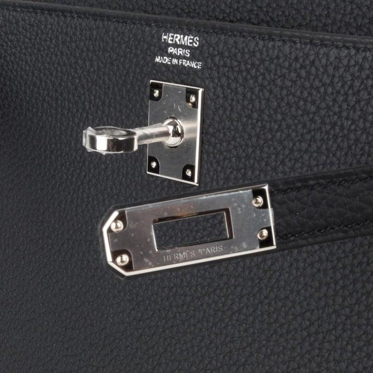 Hermes Kelly 25 Bag Retourne Black Togo Palladium Hardware  In New Condition For Sale In Miami, FL