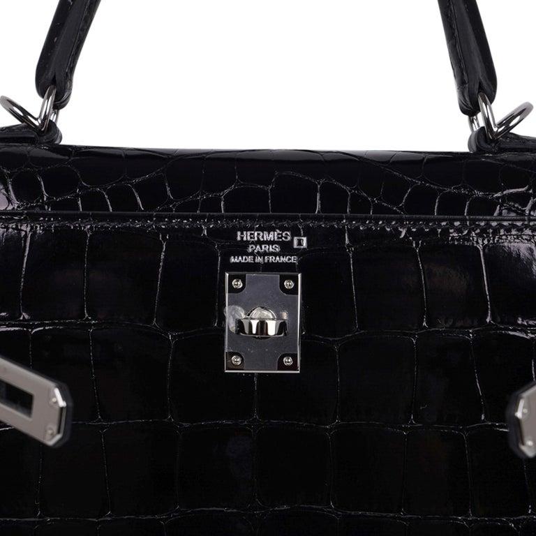 Women's Hermes Kelly 25 Bag Sellier Black Alligator Palladium Hardware For Sale