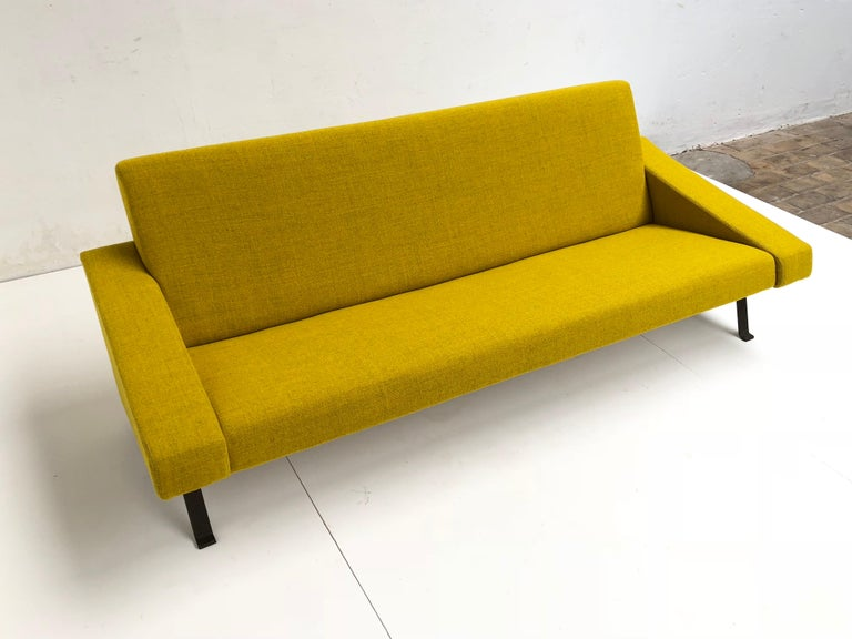 Rare Triangel Sofa and two Lounge Chairs by Gelderland, circa 1958 De Ploeg Wool For Sale 2
