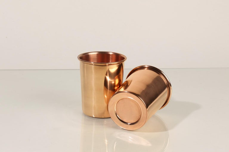 These pure copper cups are functional and versatile. Copper has qualities that make for an excellent drinking cup: the material is naturally insulated and antimicrobial. Great for use in the home or outdoors.  This cup will develop a beautiful