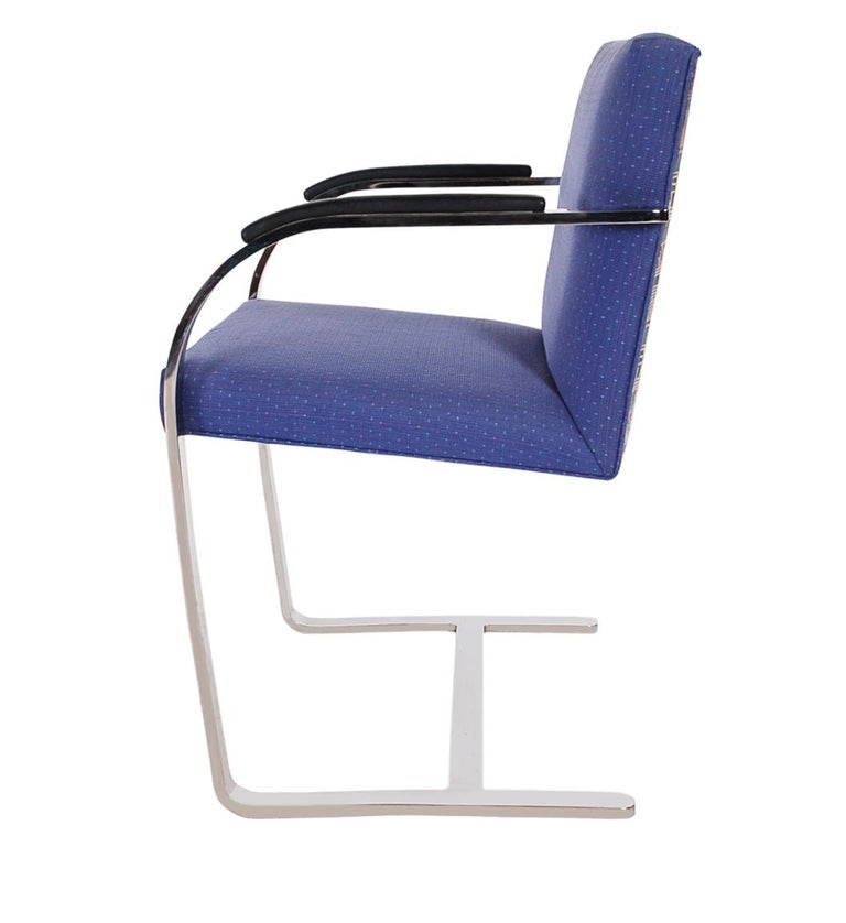 Set of Eight Mid-Century Modern Flat Bar Brno Armchair Dining Chairs for Knoll In Good Condition For Sale In Philadelphia, PA