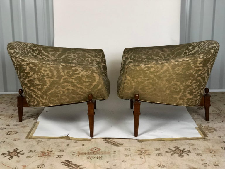Pair of Midcentury Style Club Chairs In Good Condition For Sale In Atlanta, GA