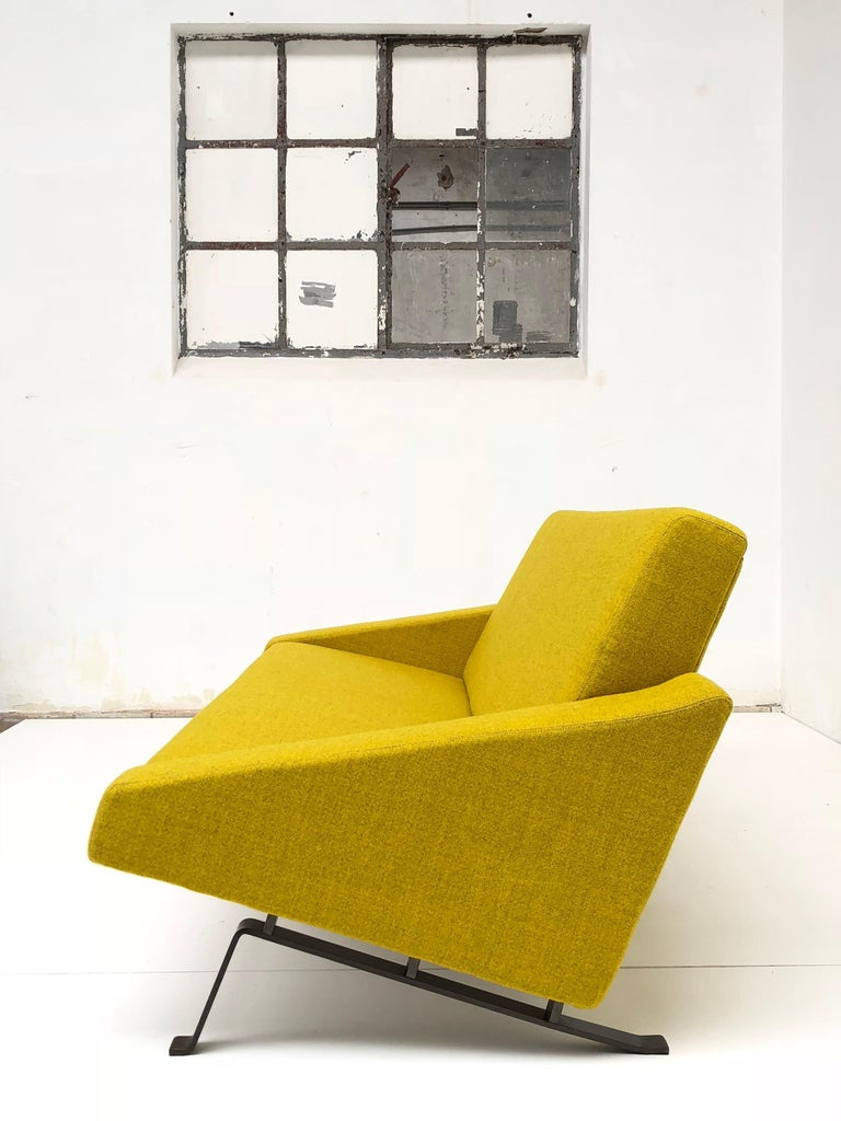 Rare Triangel Sofa and two Lounge Chairs by Gelderland, circa 1958 De Ploeg Wool For Sale 1