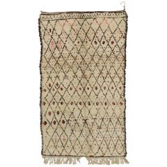 Vintage Berber Moroccan Azilal Rug with Mid-Century Modern Style