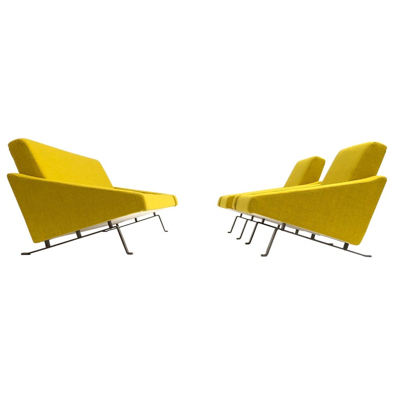 Rare Triangel Sofa and two Lounge Chairs by Gelderland, circa 1958 De Ploeg Wool For Sale