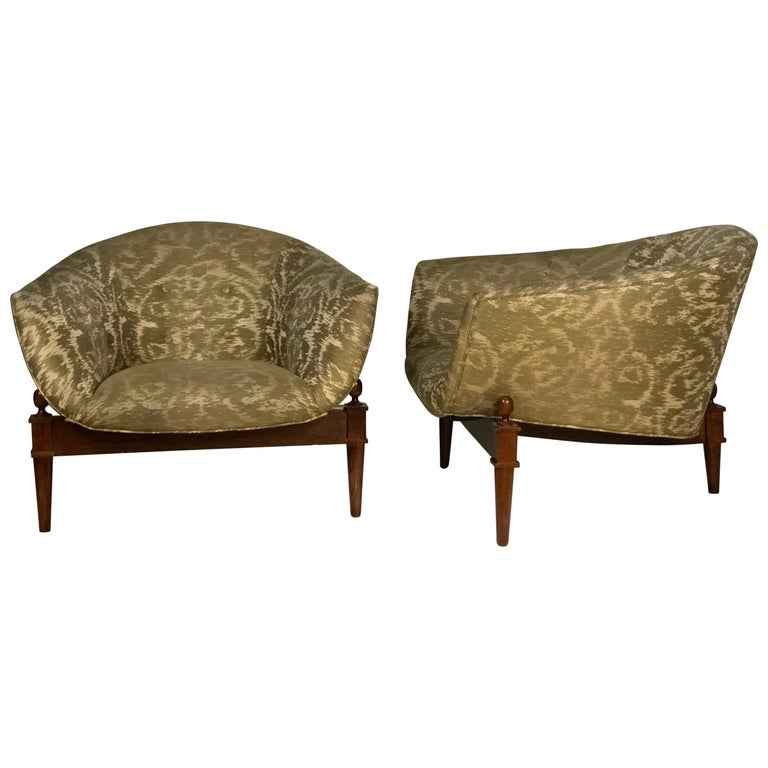 Pair of Midcentury Style Club Chairs For Sale