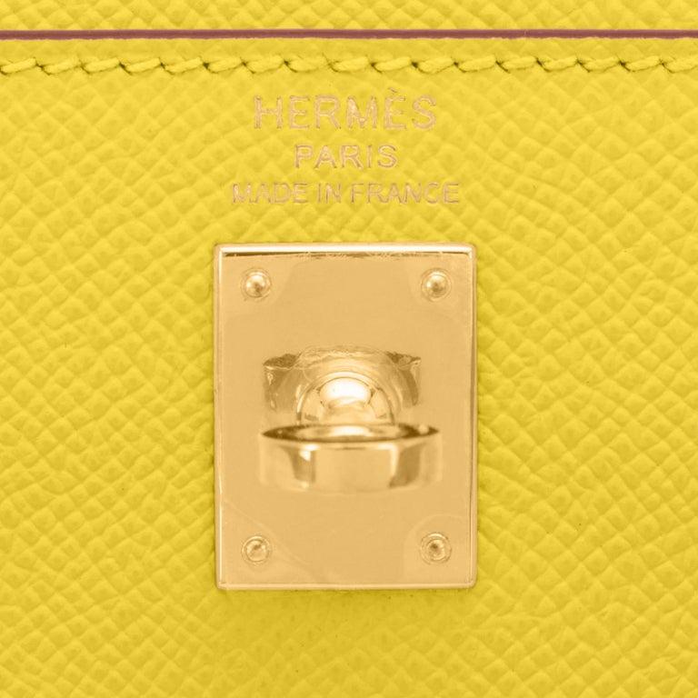 Hermes Kelly 25 Lime  Epsom Sellier Shoulder Bag Gold Y Stamp, 2020 For Sale 5