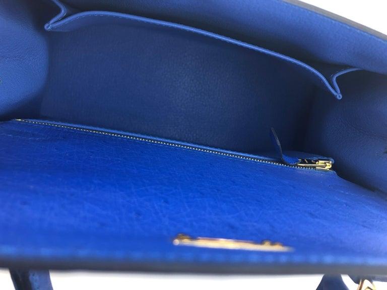 Hermes Kelly 25 Ostrich Bleuet Blue Gold Hardware  For Sale 3