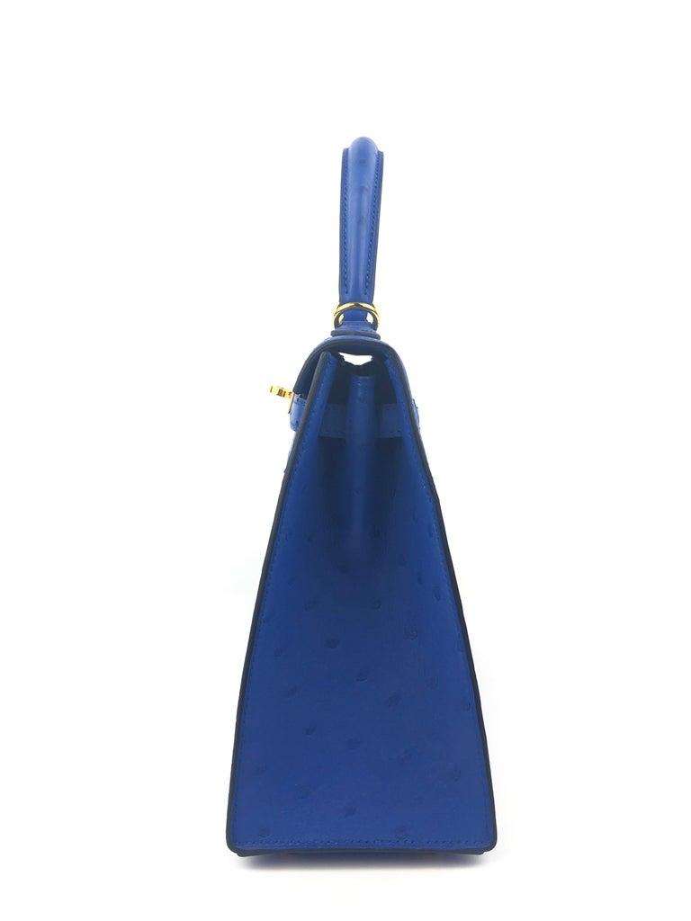 Hermes Kelly 25 Ostrich Bleuet Blue Gold Hardware  For Sale 4