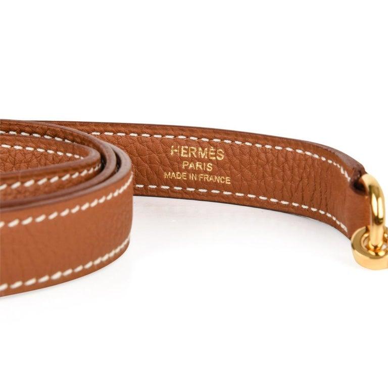 Hermes Kelly 25 Retourne Bag Coveted Gold Togo Gold Hardware  For Sale 5