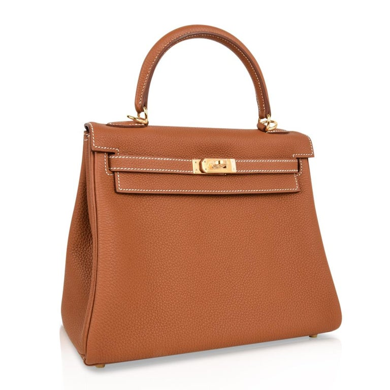 Hermes Kelly 25 Retourne Bag Coveted Gold Togo Gold Hardware  In New Condition For Sale In Miami, FL