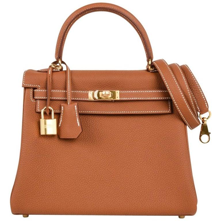 Hermes Kelly 25 Retourne Bag Coveted Gold Togo Gold Hardware  For Sale