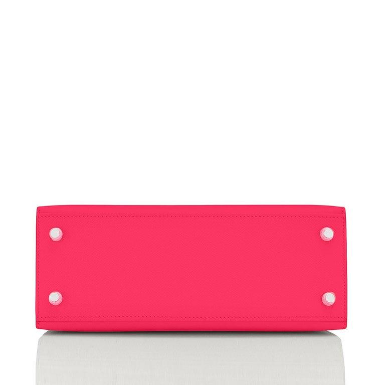 Hermes Kelly 25 Rose Extreme Pink Epsom Sellier Bag Palladium Y Stamp, 2020 For Sale 2