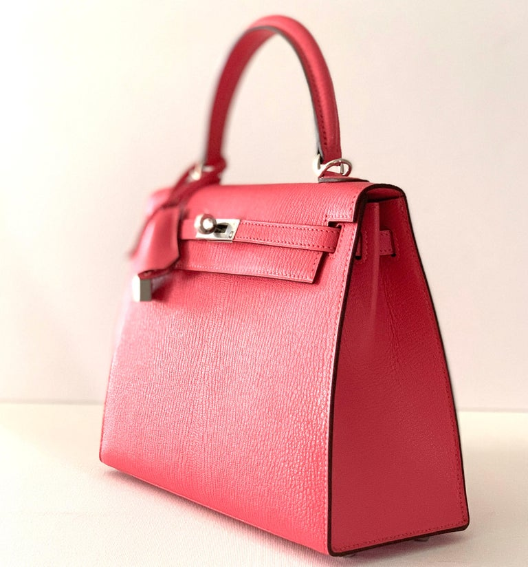 Hermes Kelly 25 Rose Lipstick PInk Chevre Limited Edition Sellier Bag For Sale 5