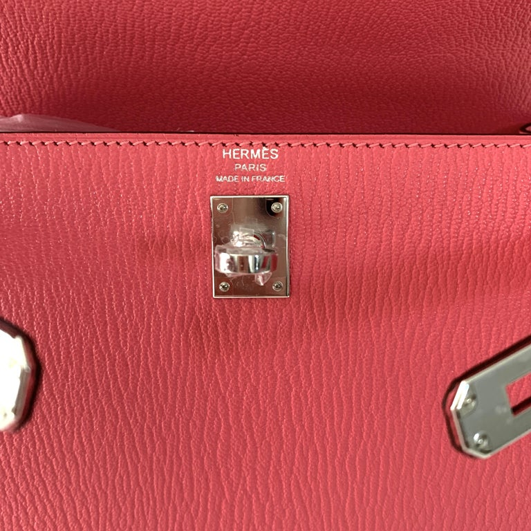 Hermes Kelly 25 Rose Lipstick PInk Chevre Limited Edition Sellier Bag For Sale 1