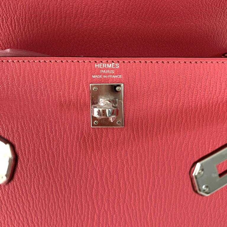 Hermes Kelly 25 Rose Lipstick PInk Chevre Limited Edition Sellier Bag For Sale 1