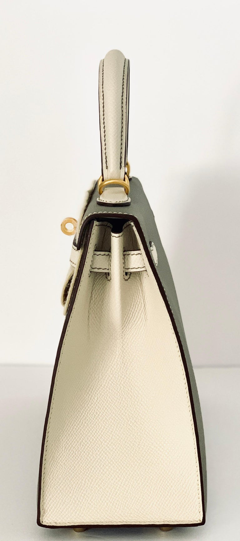 Hermes Kelly 25 Sellier Bicolor HSS Gris Asphalte and Craie  In New Condition In Delray Beach, FL