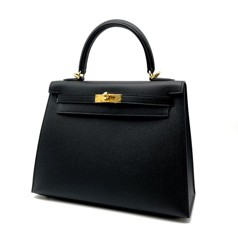 Hermès Kelly 25cm Black Epsom Leather Gold Hardware In New Condition For Sale In Jakarta, IN