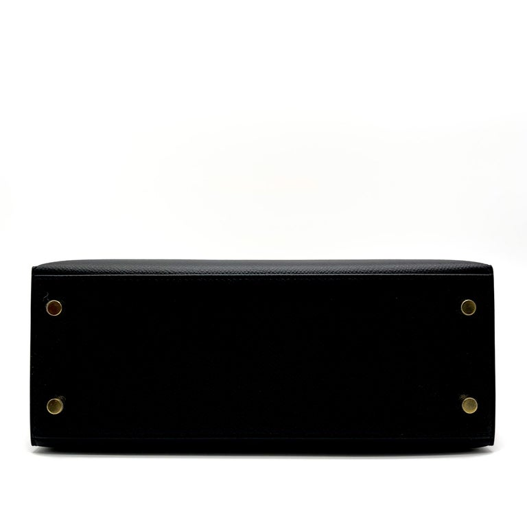 Hermès Kelly 25cm Black Epsom Leather Gold Hardware For Sale 1