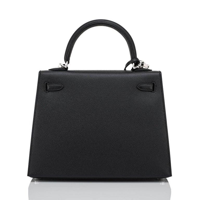 Hermes Kelly 25cm Black Epsom Sellier Palladium Bag ULTRA RARE Z Stamp, 2021 In New Condition For Sale In New York, NY