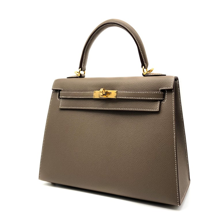 Brown Hermès Kelly 25cm Etoupe Epsom Leather Gold Hardware For Sale