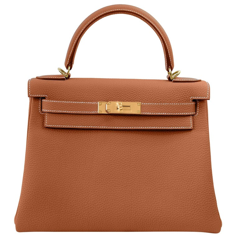Hermes Kelly 25cm Gold Camel Camel Tan Shoulder Bag Togo Retourne Y Stamp, 2020 For Sale
