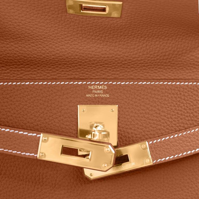 Hermes Kelly 25cm Gold Camel Tan Shoulder Bag Togo Retourne Y Stamp, 2020 For Sale 1