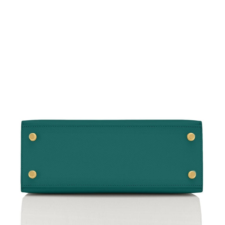 Hermes Kelly 25cm Malachite Jewel Green Epsom Sellier Bag Gold Y Stamp, 2020 For Sale 1