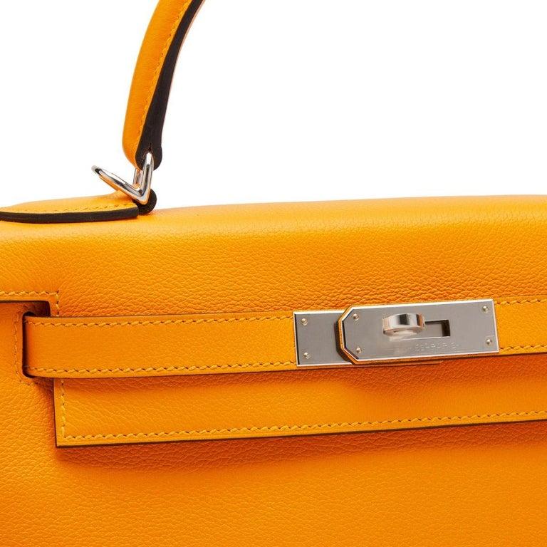 Orange Hermès Kelly 28 Apricot Evercolor For Sale