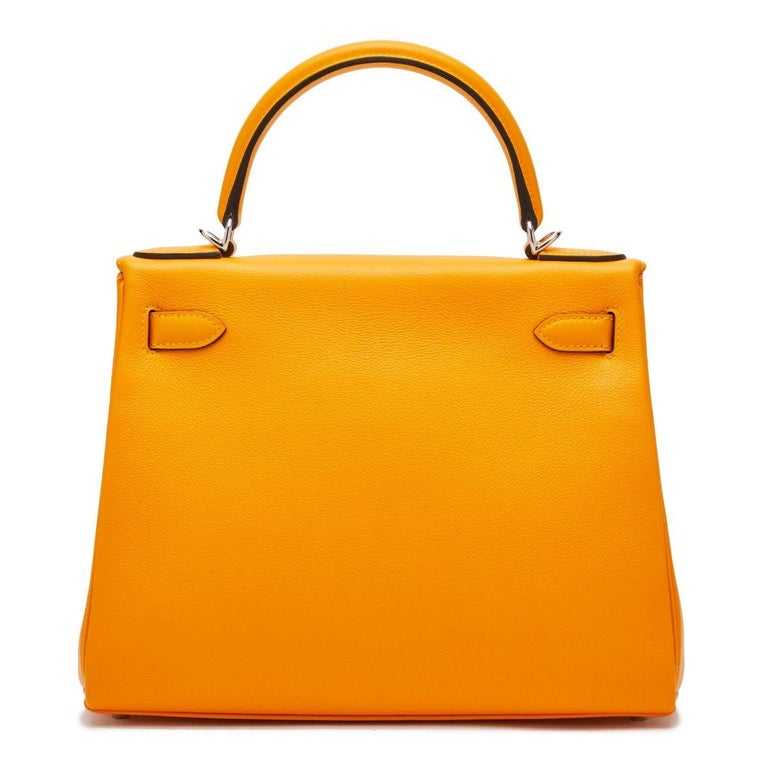 Hermès Kelly 28 Apricot Evercolor In Excellent Condition For Sale In London, GB