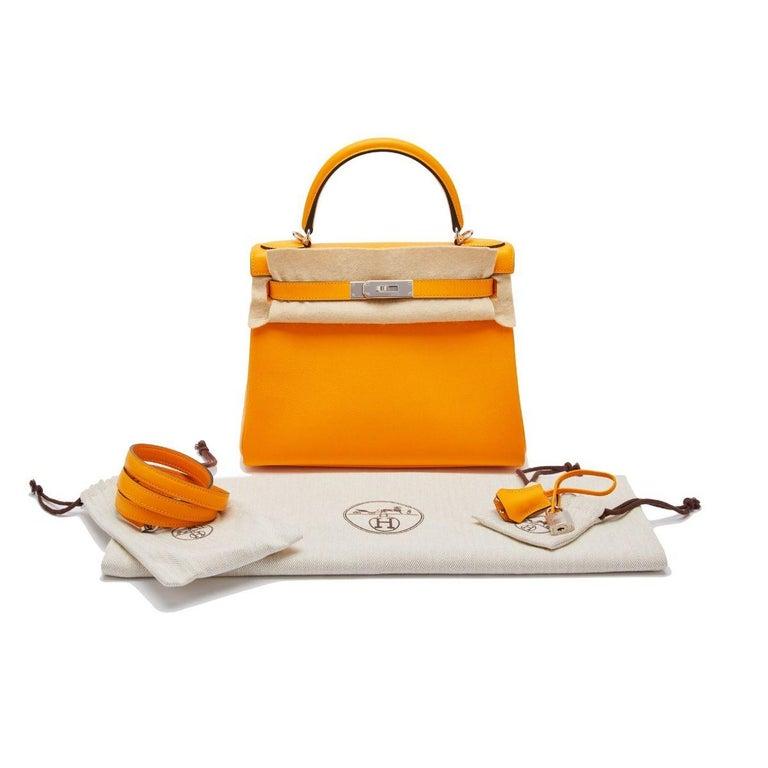 Hermès Kelly 28 Apricot Evercolor For Sale 3