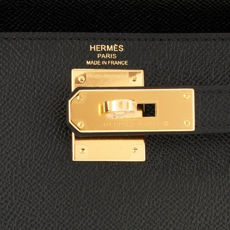 Hermes Kelly 28 Black Epsom Sellier Gold Hardware Y Stamp, 2020 For Sale 6