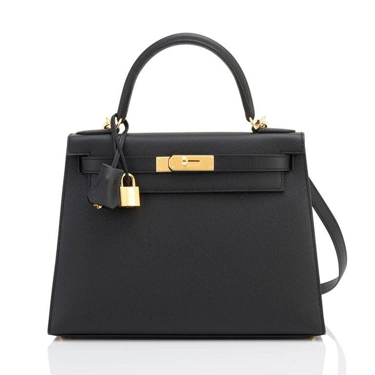 Hermes Kelly 28 Black Epsom Sellier Gold Hardware Y Stamp, 2020 In New Condition For Sale In New York, NY