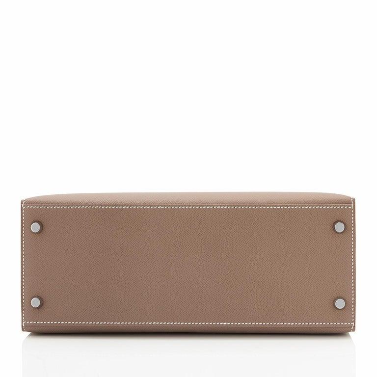 Hermes Kelly 28 Etoupe Epsom Sellier Taupe Shoulder Bag Y Stamp, 2020 For Sale 2