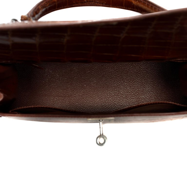 Hermès Kelly 28 handbag with strap in crocodile