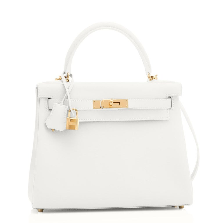 Guaranteed Authentic Hermes Kelly 28 Horseshoe Stamp White and Gris Asphalte Kelly VIP Y Stamp, 2020 Uber chic! World Exclusive! A spectacular bicolor combination custom made for a VIP. Just purchased at Hermes store; bag bears new interior 2020 Y