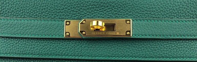 Women's or Men's Hermes Kelly 28 Malachite Togo Gold Hardware 2020 For Sale