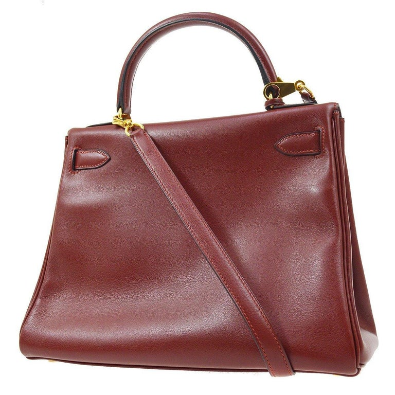 Hermes Kelly 28 Merlot Wine Leather Gold  Top Handle Satchel Tote Shoulder Bag  In Good Condition For Sale In Chicago, IL