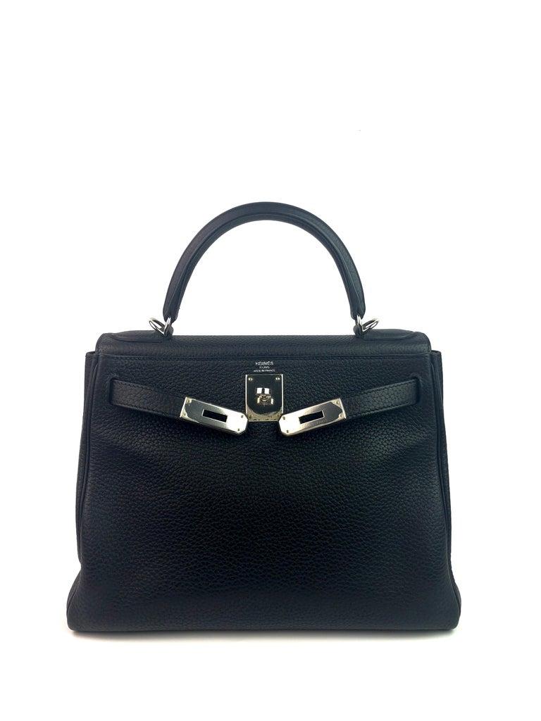Hermes Kelly 28 Noir Black Palladium Hardware  In Excellent Condition For Sale In Miami, FL