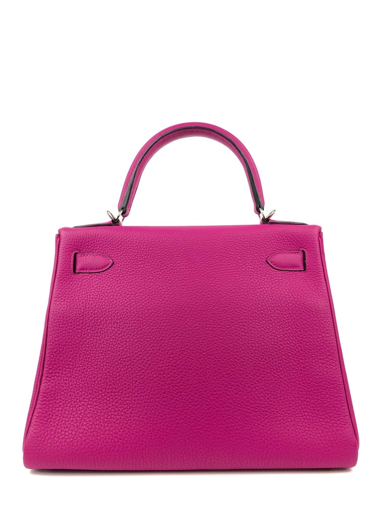 Hermes Kelly 28 Rose Pourpre Togo Leather Palladium Hardware 2018 In Excellent Condition For Sale In Miami, FL