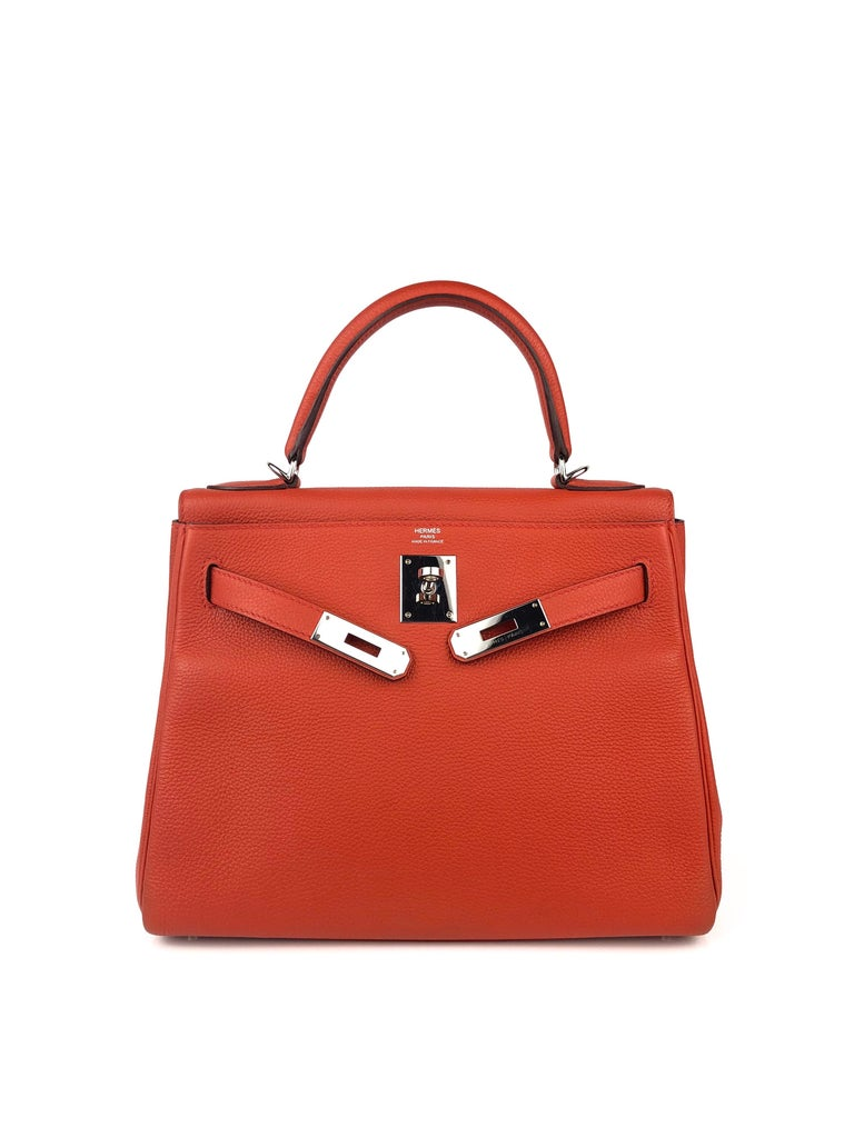 Hermes Kelly 28 Rouge Casaque Red Palladium Hardware 2016 In Excellent Condition For Sale In Lancaster, CA