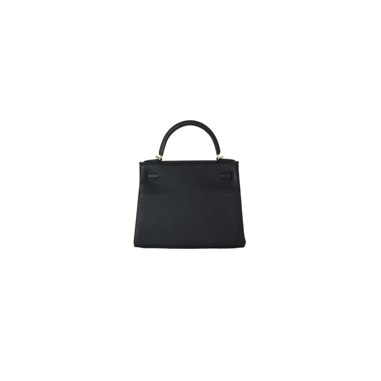 Hermes Kelly 28 Togo Bag Gold Hardware Black In New Condition For Sale In Flushing, NY