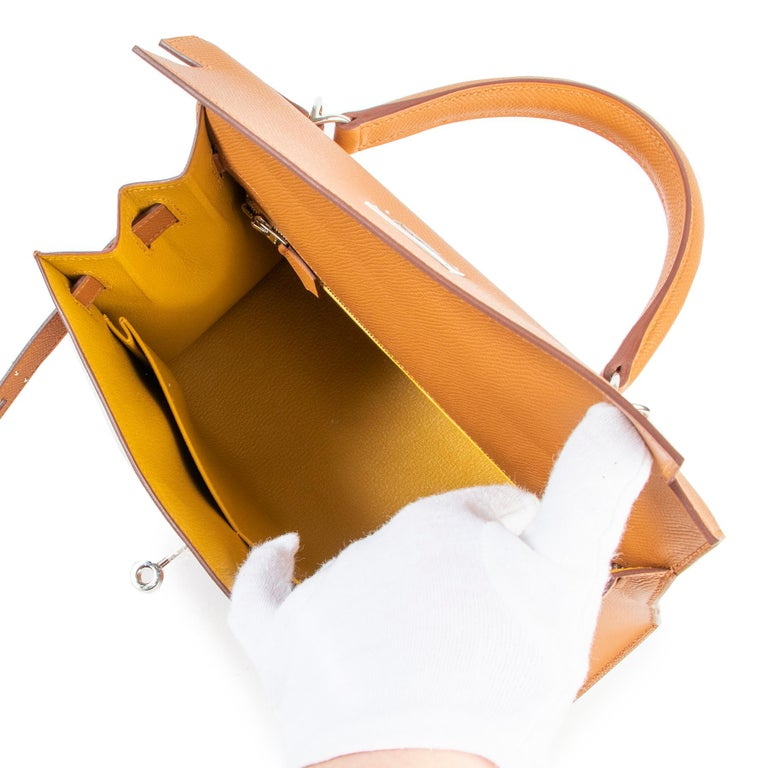 Hermès Kelly 28 Verso Gold Ambre Epsom PHW In New Condition For Sale In Antwerp, BE